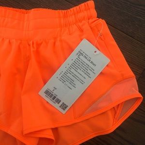 """Hotty hot short 2.5"""" size 2 highlight orange"""